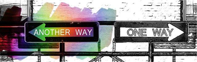 どちらの道を選びますか?